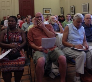 Attendees listen to the Office of Planning's presentation at the Aug. 4 Barney Circle-SE Blvd. meeting.